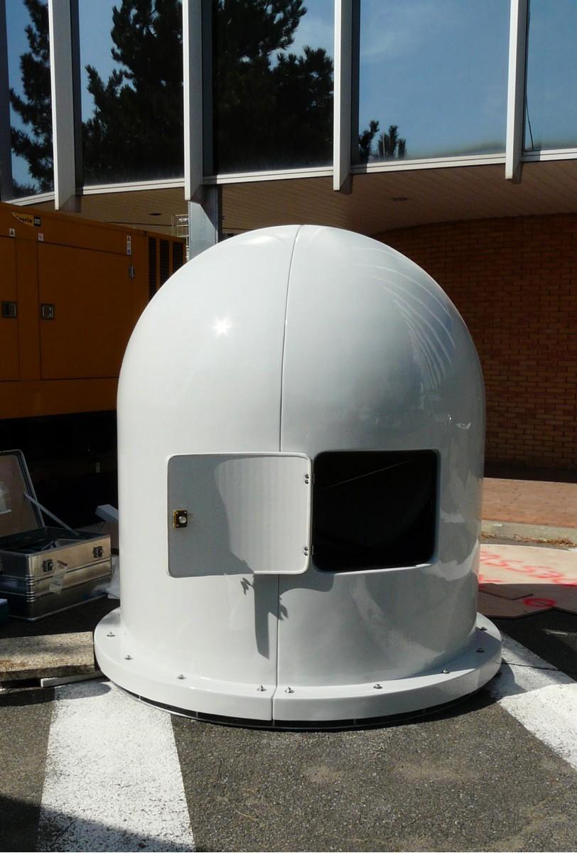 Système redondant de communication par satellite