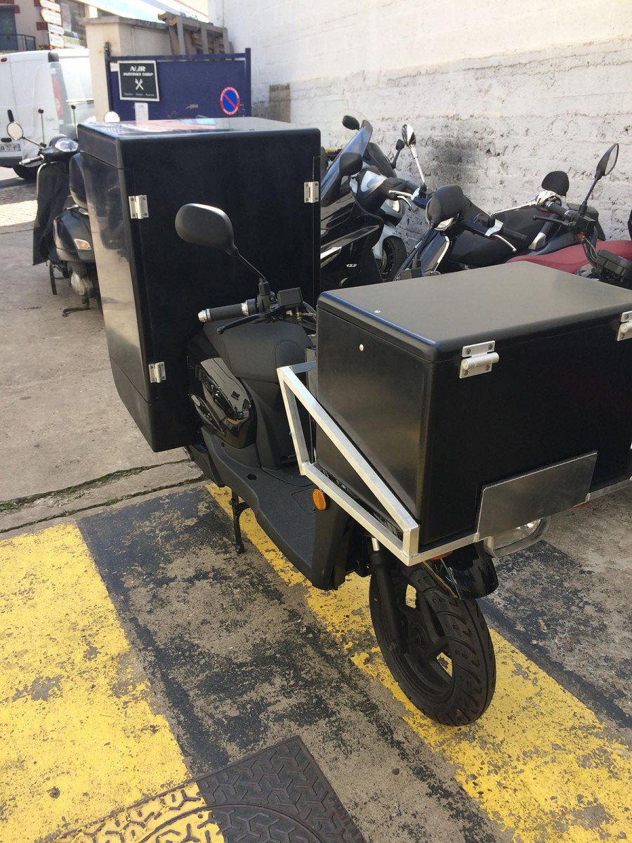 Boxes for scooters
